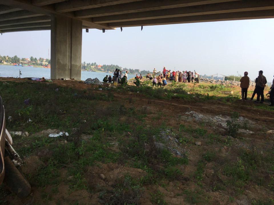 Phát hiện thi thể nữ sinh SN 2000 nổi trên sông, nghi tự tử vì tình - Ảnh 1