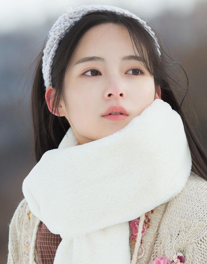 Vẻ đẹp mong manh của 'Dương Bất Hối' trong 'Ỷ Thiên Đồ Long ký' 2019 - Ảnh 2
