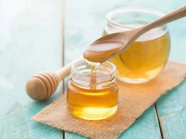 4 cách làm trắng da tại nhà: Mật ong giúp hồng hào, gấc trị thâm sạm - Ảnh 3