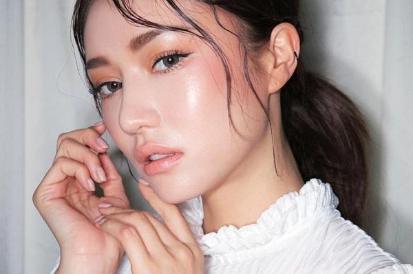 4 xu hướng make-up dự báo được ưa chuộng nhất mùa hè 2020 - Ảnh 1