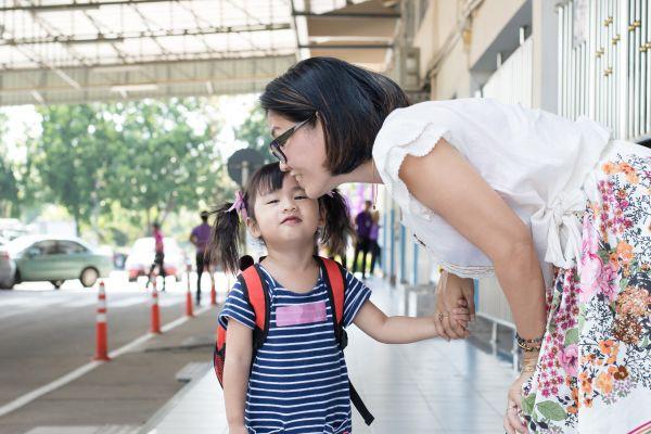 5 câu nói đứa trẻ nào cũng cần được nghe nhưng bố mẹ lại chẳng mấy ai nói được - Ảnh 2
