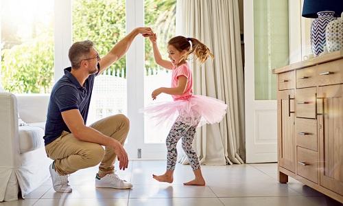 Lời khuyên dành cho những ông bố khi nuôi dạy con gái - Ảnh 1