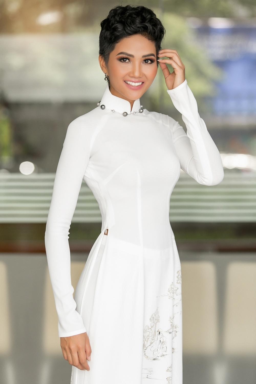 Bị chê như đàn ông, Hoa hậu H'Hen Niê quyết thay đổi kiểu tóc mới, nhìn là thích ngay - Ảnh 4