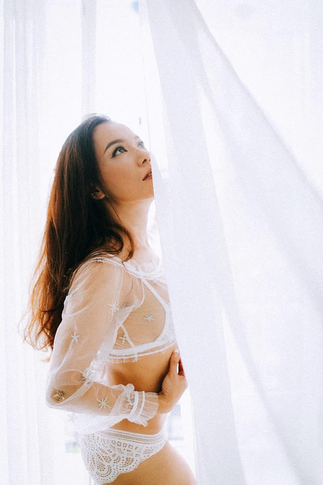 Cận cảnh bộ ảnh bikini nóng bỏng mắt của bà mẹ hai con Lý Thanh Thảo trước ngày cưới - Ảnh 2
