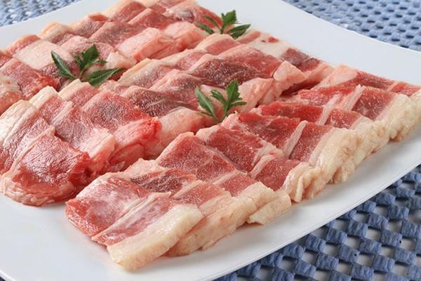 Đã có người nhập viện vì ăn thịt lợn để lâu trong tủ lạnh, chuyên gia cảnh báo thói quen ăn uống này vô cùng đáng sợ - Ảnh 1