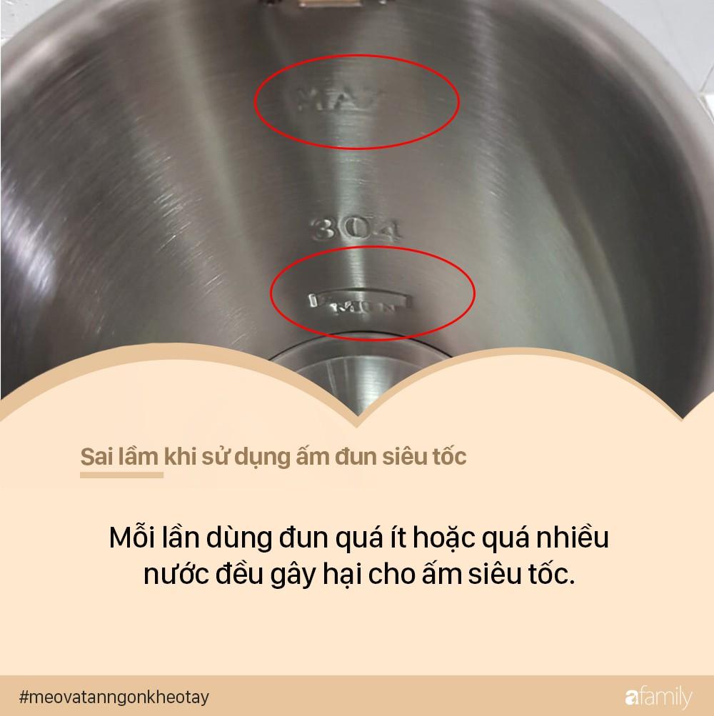 7 sai lầm khi sử dụng ấm siêu tốc có thể khiến ổ điện nổ tung, dễ gây hại đến cả nhà - Ảnh 5