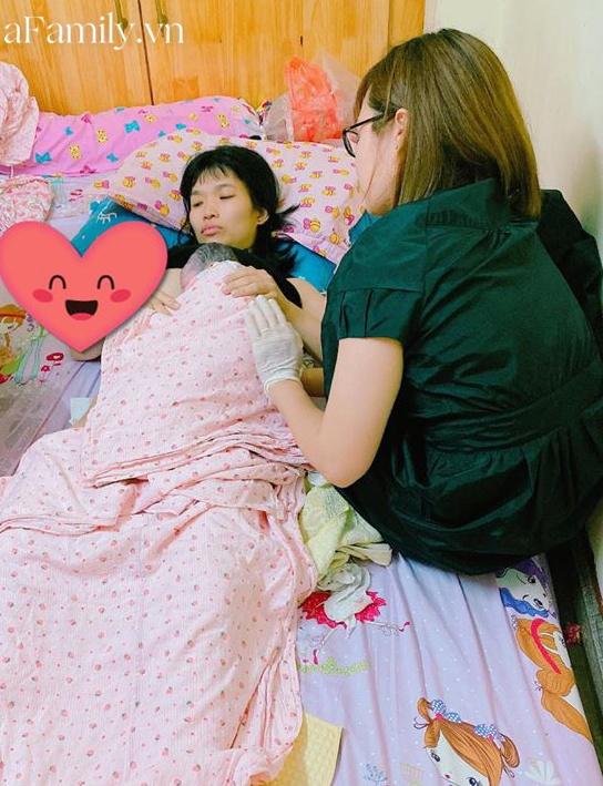 Hy hữu: Ngay giữa lòng thủ đô, sản phụ sinh con tại nhà vì mang thai 39 tuần đi khám được bác sĩ cho về - Ảnh 1