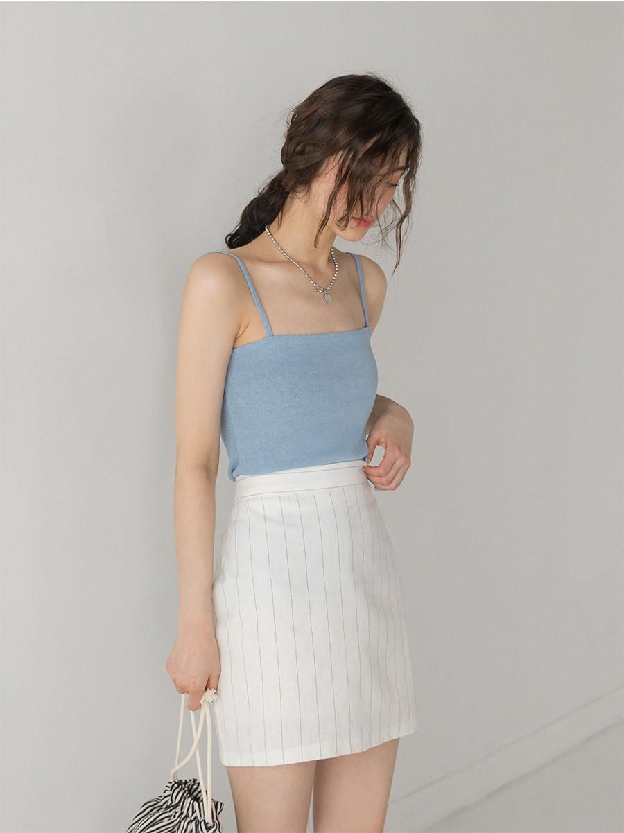 4 kiểu chân váy ngắn diện lên trẻ trung hết sức, lại còn giúp khoe triệt để đôi chân thon gọn nuột nà - Ảnh 5