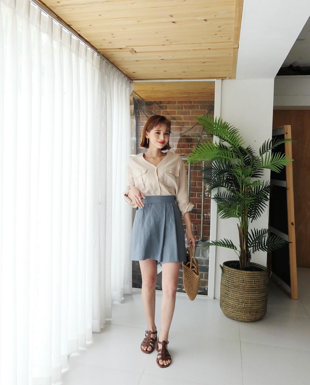 4 kiểu chân váy ngắn diện lên trẻ trung hết sức, lại còn giúp khoe triệt để đôi chân thon gọn nuột nà - Ảnh 7