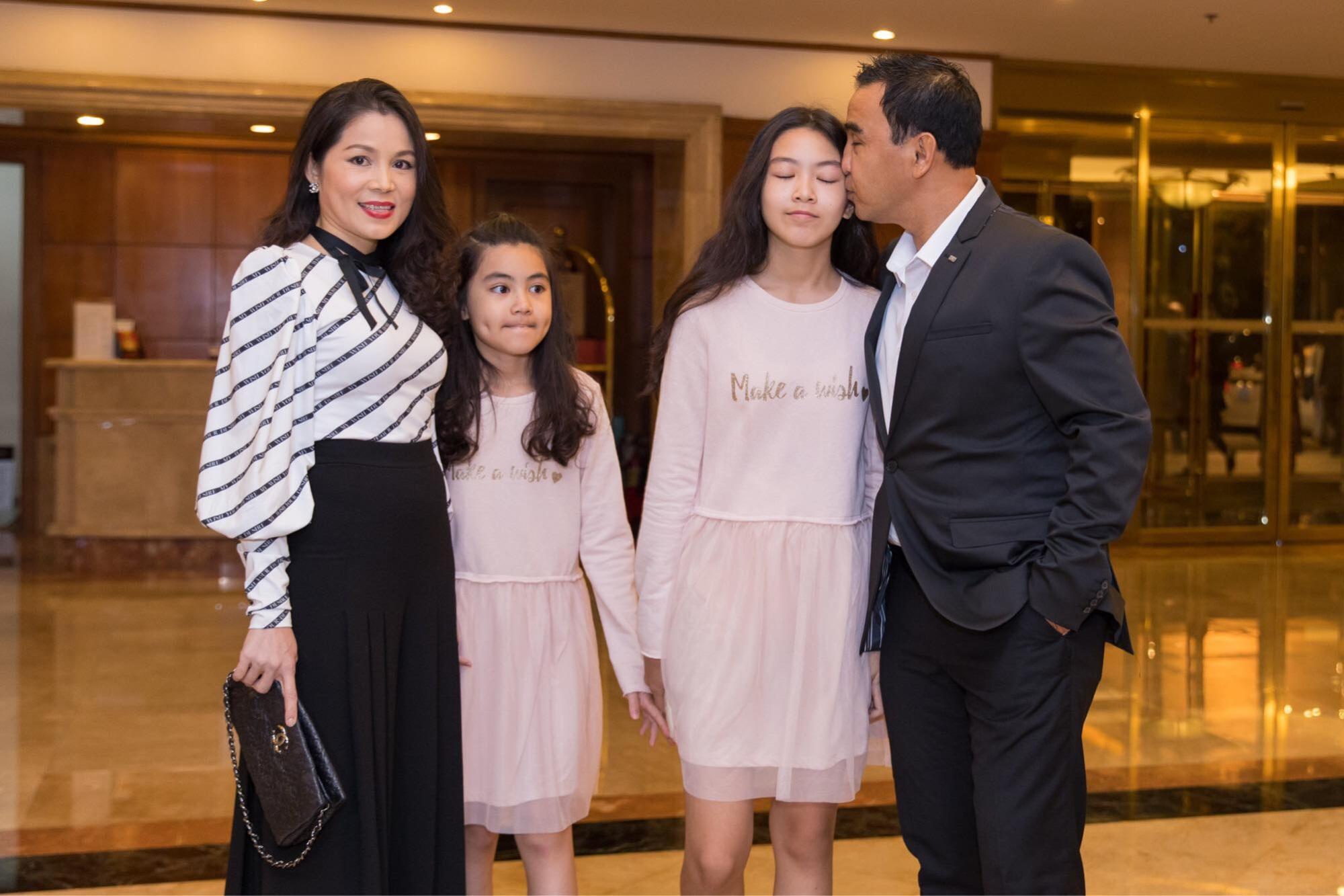 Lý do Lê Giang áp đảo Kim Chi trong đám cưới con gái Hồng Vân - Ảnh 1