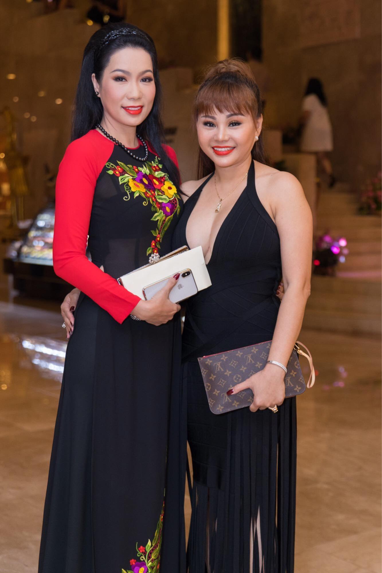 Lý do Lê Giang áp đảo Kim Chi trong đám cưới con gái Hồng Vân - Ảnh 4