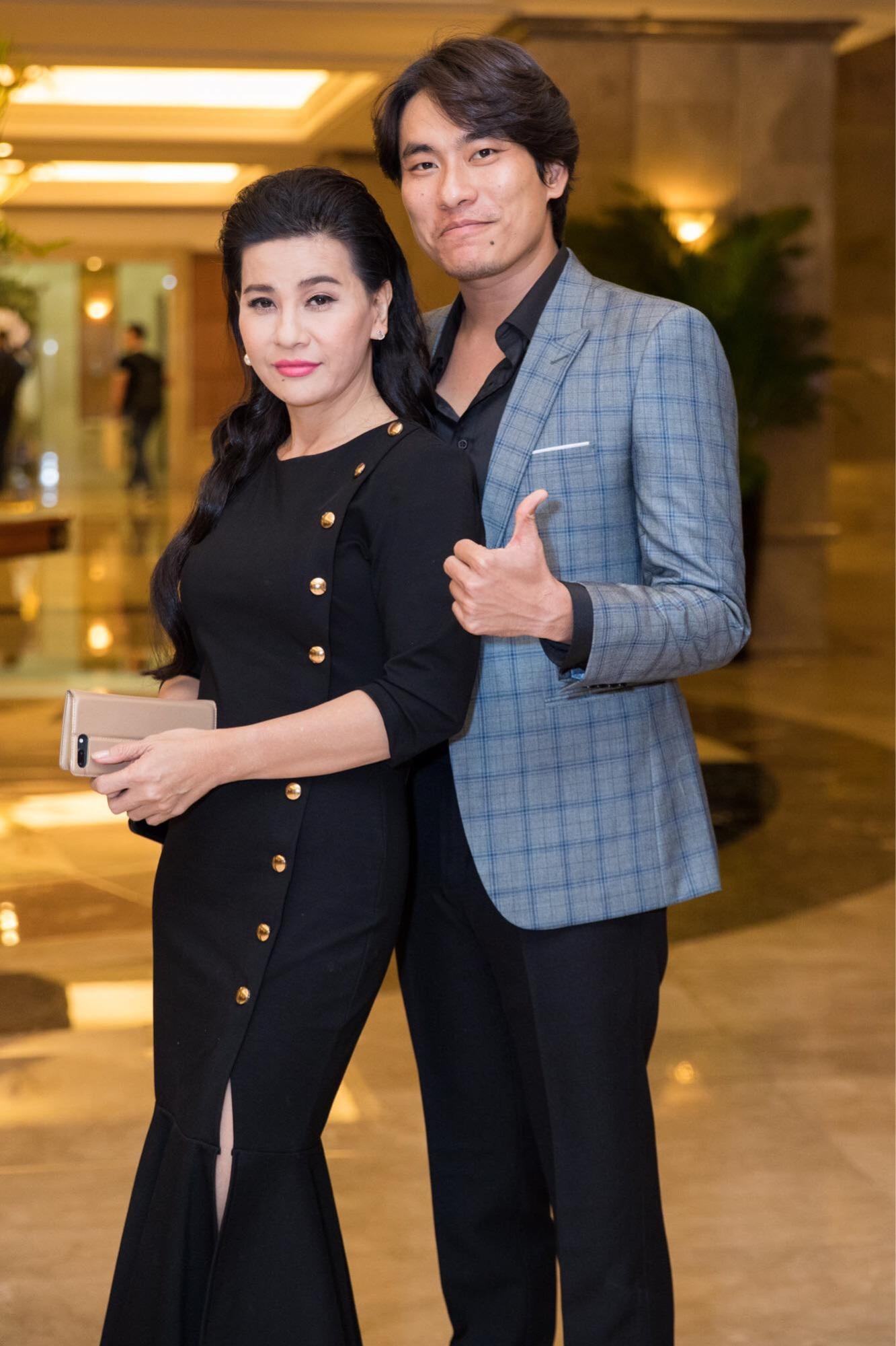 Lý do Lê Giang áp đảo Kim Chi trong đám cưới con gái Hồng Vân - Ảnh 9