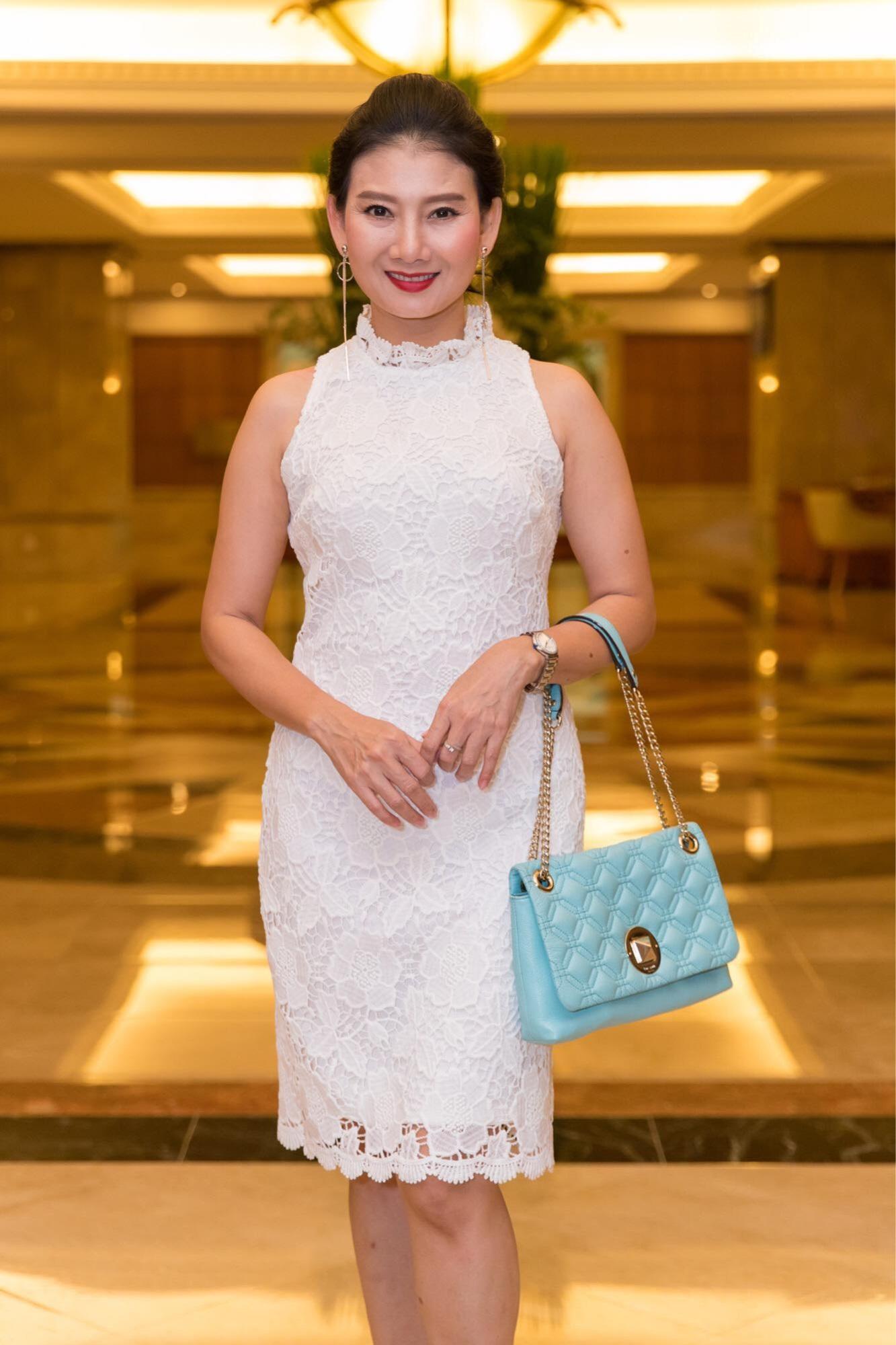 Lý do Lê Giang áp đảo Kim Chi trong đám cưới con gái Hồng Vân - Ảnh 13