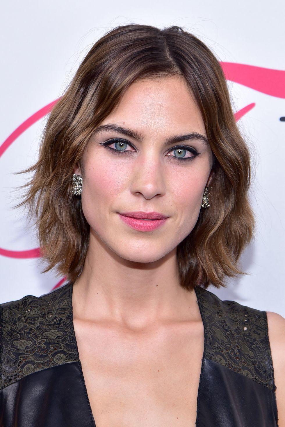 Mỹ nhân Hollywood gợi ý 10 kiểu tóc xoăn đẹp cho từng dáng mặt - Ảnh 4