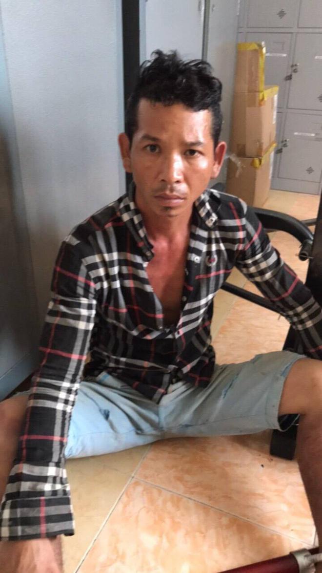 Bắt nhóm đối tượng chuyên dùng búa đánh vào đầu người dân cướp tài sản ở Sài Gòn - Ảnh 1
