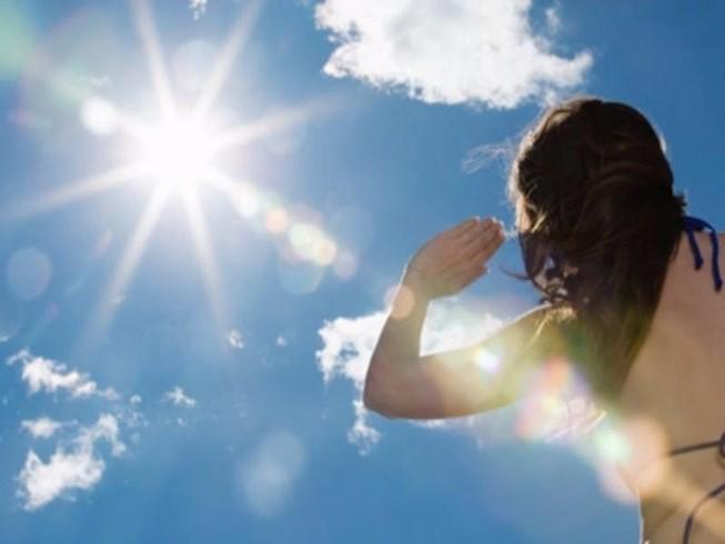 Say nắng - Nguy hiểm rình rập ngày hè đừng chủ quan - Ảnh 1