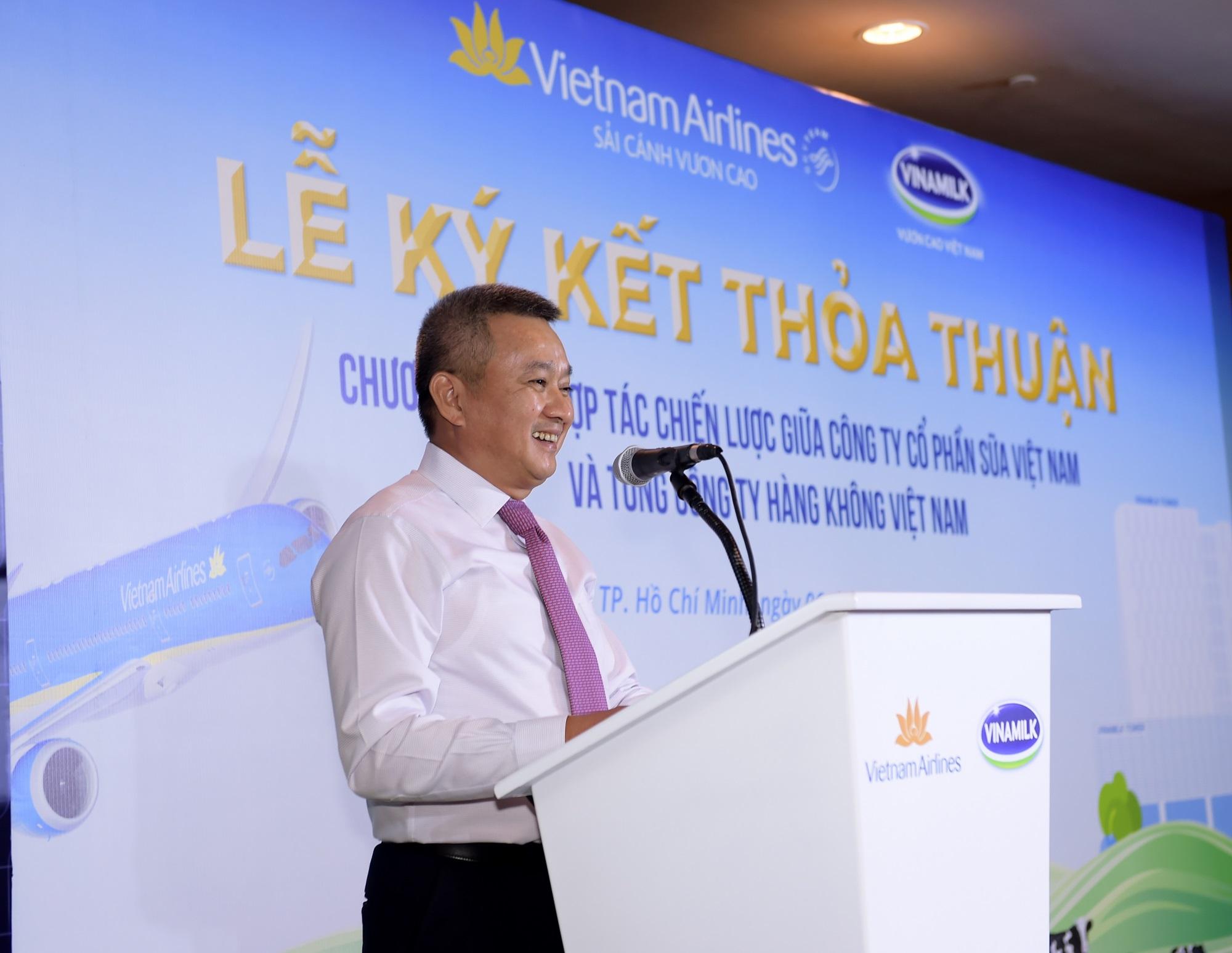 Vietnam Airlines và Vinamilk hợp tác chiến lược cùng phát triển thương hiệu vươn tầm quốc tế - Ảnh 1