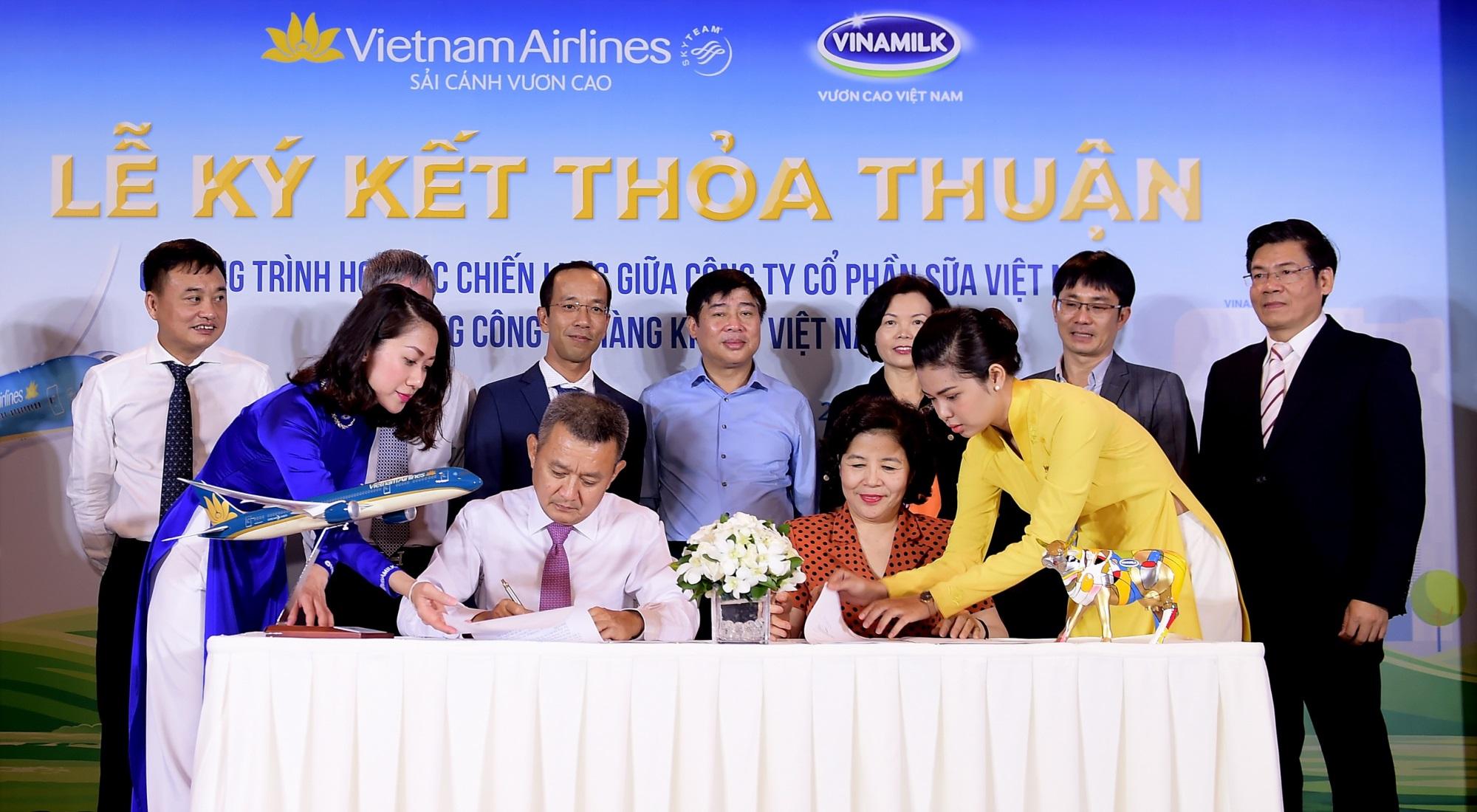 Vietnam Airlines và Vinamilk hợp tác chiến lược cùng phát triển thương hiệu vươn tầm quốc tế - Ảnh 3