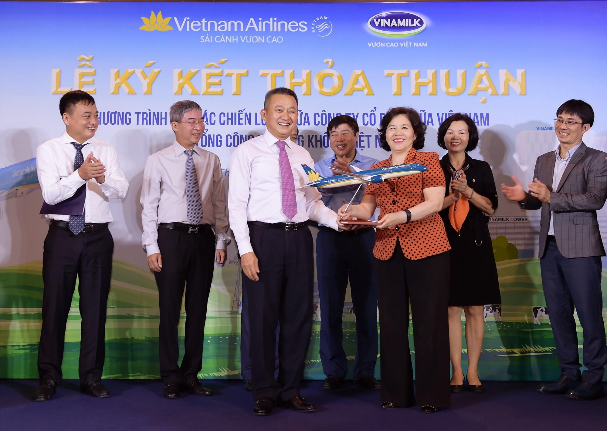 Vietnam Airlines và Vinamilk hợp tác chiến lược cùng phát triển thương hiệu vươn tầm quốc tế - Ảnh 5