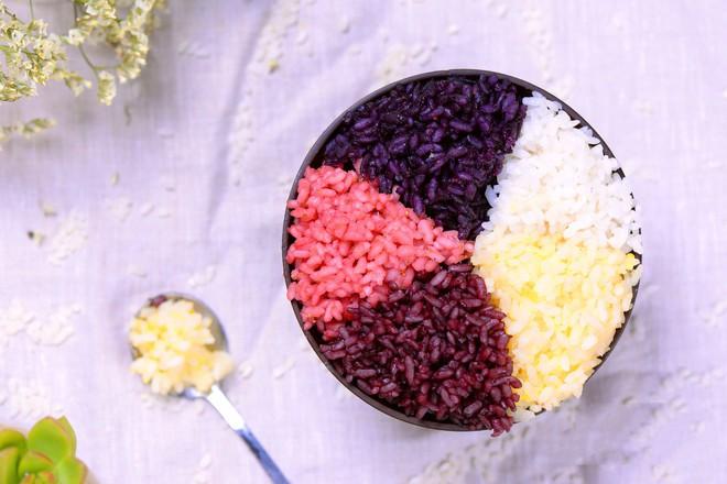Học ngay cách làm món xôi ngũ sắc với toàn bộ màu sắc từ trái cây, vừa ngon vừa đẹp! - Ảnh 5