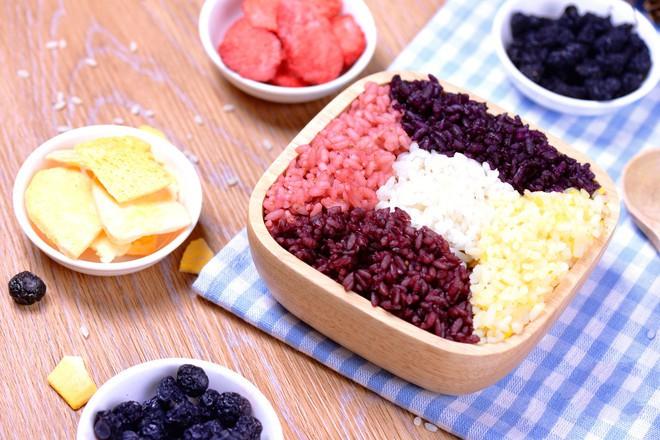 Học ngay cách làm món xôi ngũ sắc với toàn bộ màu sắc từ trái cây, vừa ngon vừa đẹp! - Ảnh 6