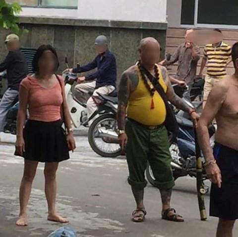 Chị gái kéo côn đồ đến dọa giết em trai, đánh mẹ già nhập viện - Ảnh 1