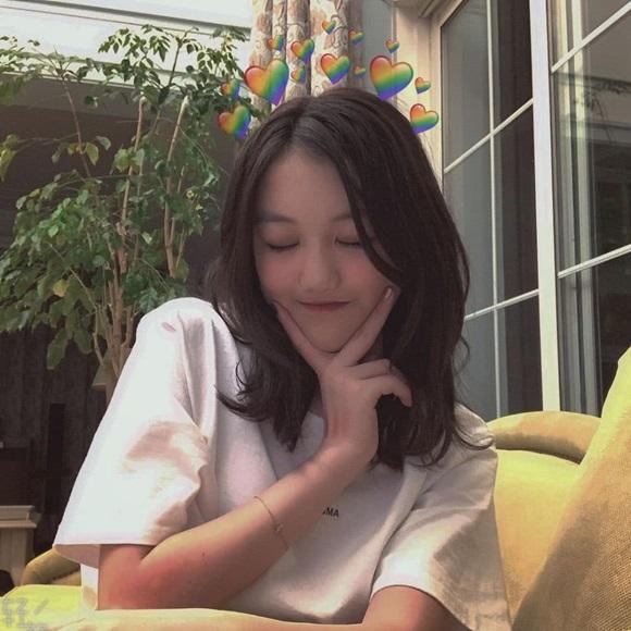 Con gái 13 tuổi của Vương Phi phản pháo trước tin đồn sống xa hoa, 'quẩy' ở hộp đêm sang chảnh - Ảnh 4