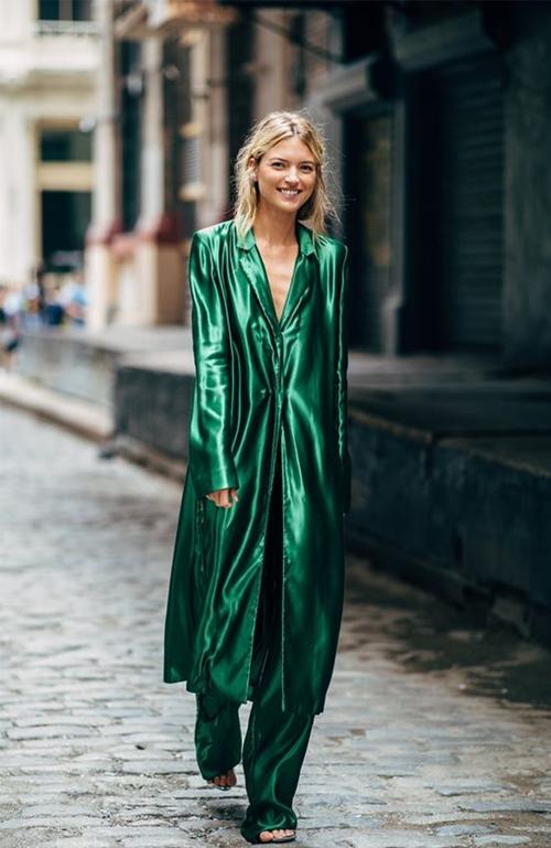 10 cách mặc suit công sở mới mẻ dành cho phái đẹp - Ảnh 10