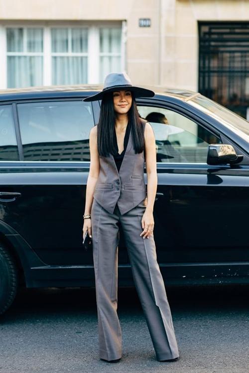 10 cách mặc suit công sở mới mẻ dành cho phái đẹp - Ảnh 11