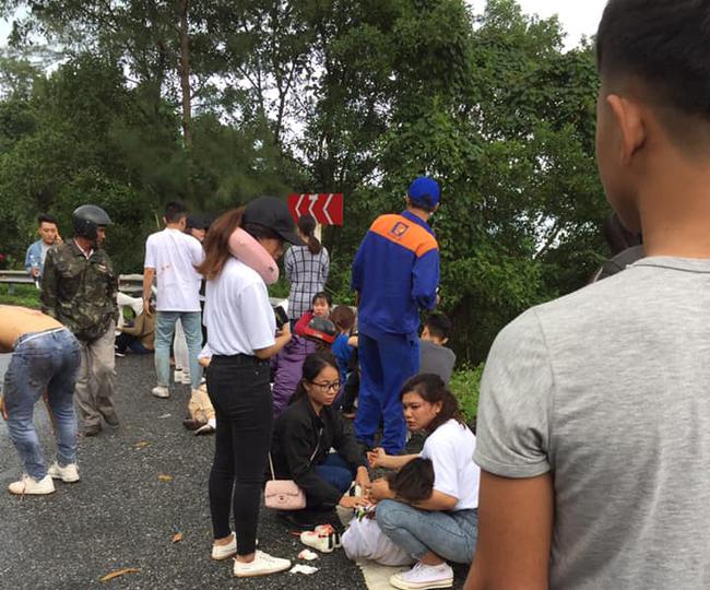 Danh tính ngôi trường có 22 người rớt xuống đèo Hải Vân: Tất cả là sinh viên du lịch, 1 người đã tử vong - Ảnh 2