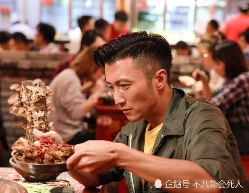 Rò rỉ kết quả xét nghiệm DNA, Châu Tinh Trì mới là cha của 'tiểu hoàng tử' nhà Trương Bá Chi? - Ảnh 2