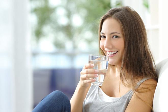 Khám phá 8 lợi ích sức khỏe từ việc uống nước khi bụng đói - Ảnh 3