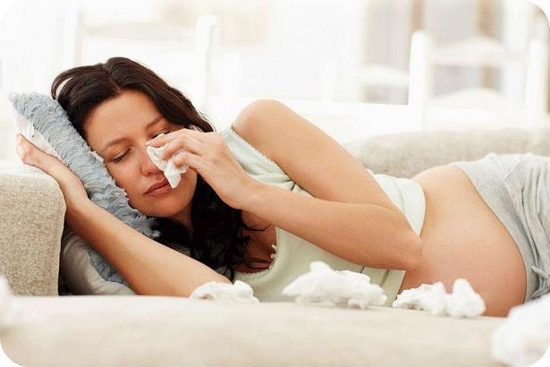 Bị ho, cảm lạnh và cảm cúm khi mang thai mẹ bầu phải làm gì? - Ảnh 2
