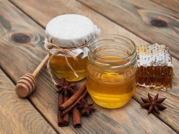 Điều kỳ diệu gì xảy ra với cơ thể nếu bạn ăn mật ong trước khi đi ngủ? - Ảnh 2