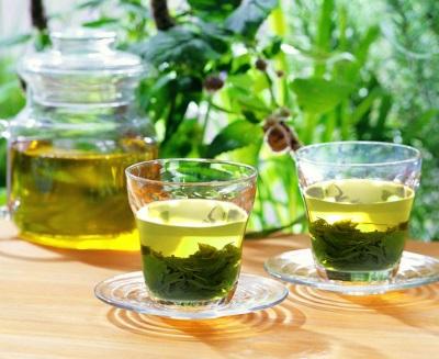Nếu muốn làn da nhận được những điều tuyệt vời này, bạn nên uống nước trà xanh mỗi ngày - Ảnh 1