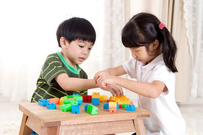 Khi dạy con cha mẹ ngàn lần không nên cấm trẻ làm 9 điều này, bằng không sẽ ảnh hưởng đến sự phát triển sau này của bé - Ảnh 2