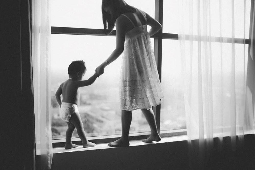 Ngày 8/3 của mẹ đơn thân: Đừng nhìn người khác nhận hoa mà tủi thân, hãy tận hưởng niềm vui bên con - Ảnh 4