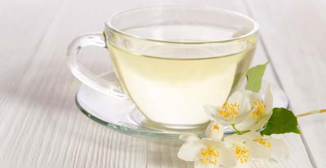 Uống trà trắng đem lại quá nhiều công dụng tuyệt vời cho sức khỏe! - Ảnh 1