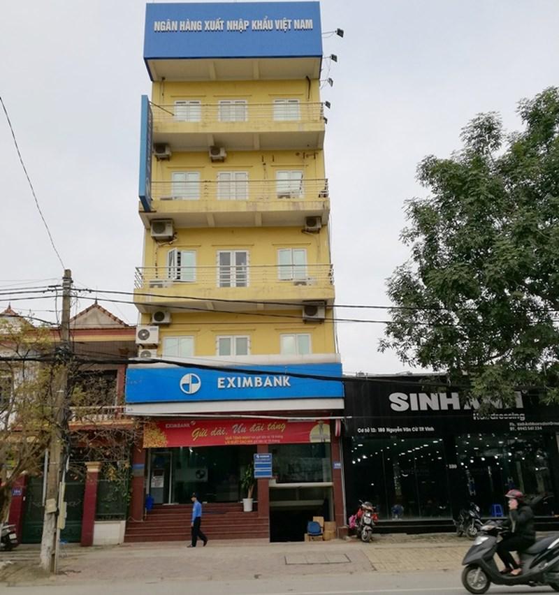Hotgirl ngân hàng chiếm đoạt 50 tỉ đồng ở Eximbank - Ảnh 2