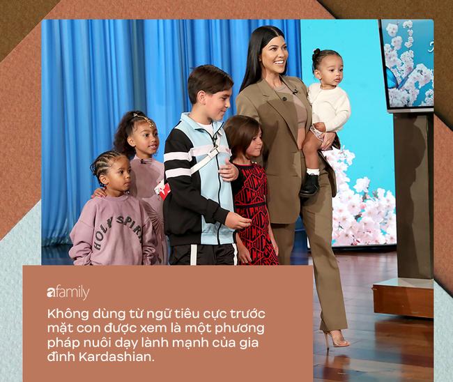 Dù bị ghét vì tai tiếng và chiêu trò bẩn nhưng trong cách nuôi dạy con, không ít người phải gật gù tán dương gia đình Kardashian - Ảnh 5