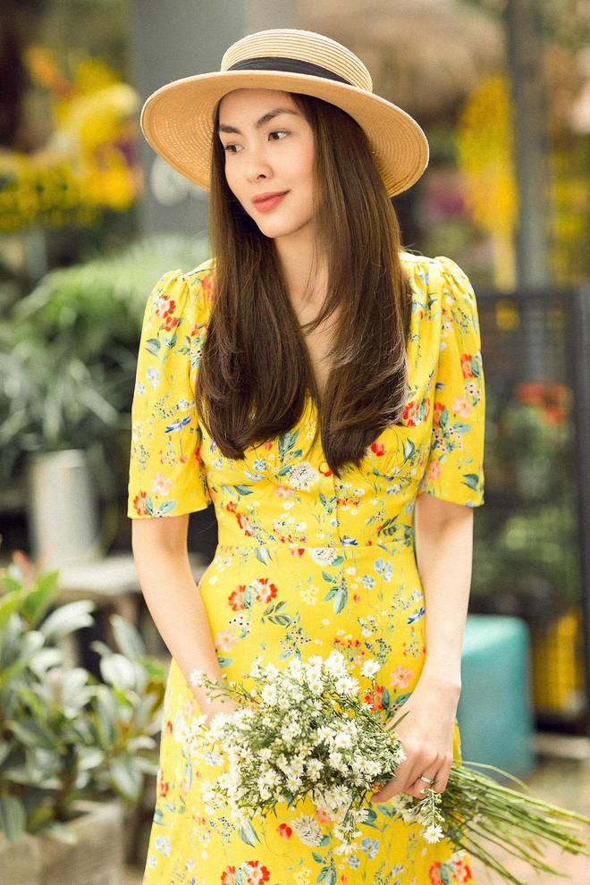 Học sao Việt cách chọn và kết hợp mũ cói sao cho thật duyên dáng khi diện cùng trang phục hè - Ảnh 1