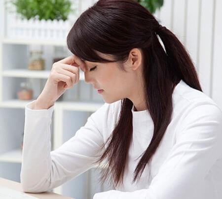 Muốn điều trị dứt điểm kinh nguyệt ra ít, chị em cần biết những nguyên nhân này - Ảnh 1