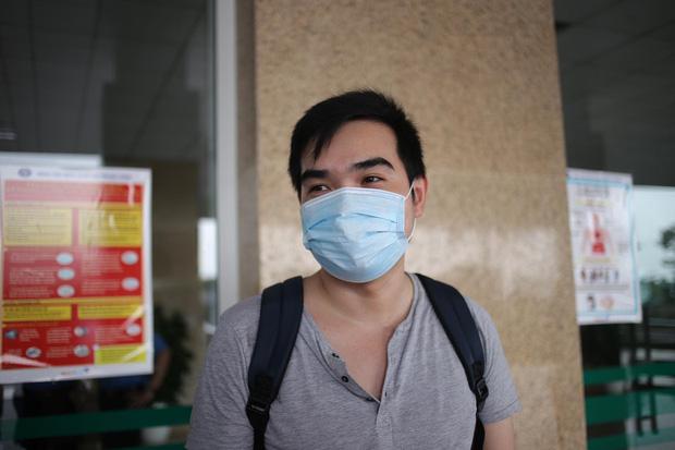 Bệnh nhân 162 từng bị tổn thương phổi nặng bật khóc trong ngày được công bố khỏi bệnh - Ảnh 3