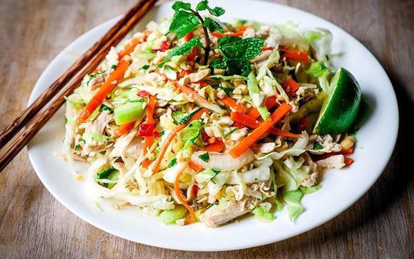 Cách làm gỏi gà với hành tây thơm ngon, thịt ngọt, the the của hành - Ảnh 9