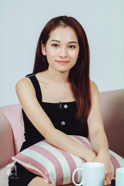 Lần đầu gặp mẹ chồng, nàng dâu mới kém 13 tuổi đã bị nhắc nhở, Dương Khắc Linh nói đỡ cho vợ thế này - Ảnh 2
