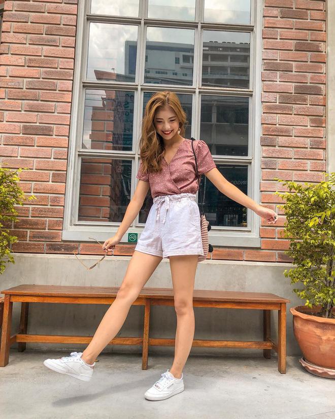 Như một thói quen: Ngày nắng nóng là chị em thi nhau lên đồ với 4 kiểu quần shorts xinh xắn, trendy này - Ảnh 7