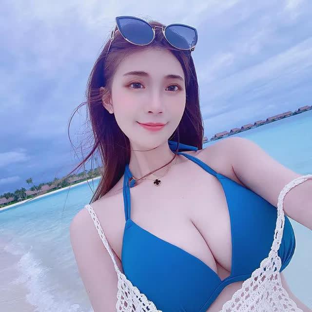 Nhá hàng hình selfie trong siêu thị, nàng hot girl gây sốc cộng đồng mạng, trang cá nhân đã có hơn 3 triệu lượt follow - Ảnh 8