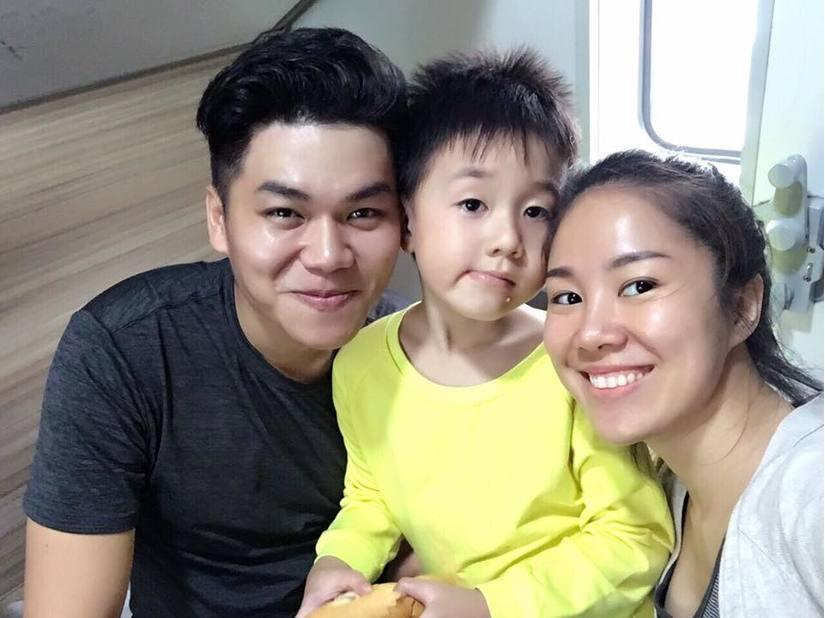 Chăm sóc con trai riêng của Lê Phương hết lòng, Trung Kiên được bé Cà Pháo gọi là ba - Ảnh 4