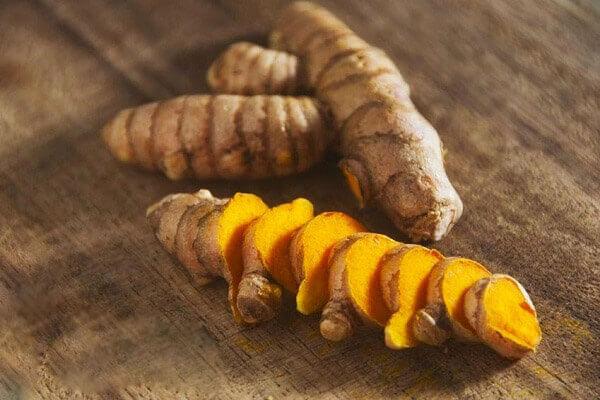 Lấy vài nguyên liệu có sẵn trong bếp làm ngay thức uống 'thần kỳ' giúp ngăn ngừa ung thư cho cả gia đình - Ảnh 1