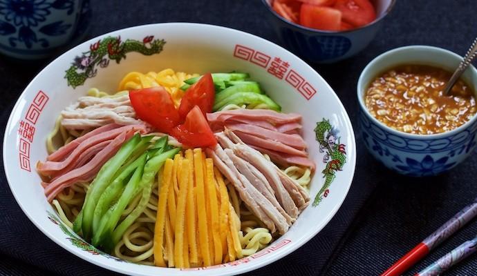 Ghim ngay công thức làm mỳ trộn cầu vồng cho bữa trưa ngon lành đầy màu sắc - Ảnh 5